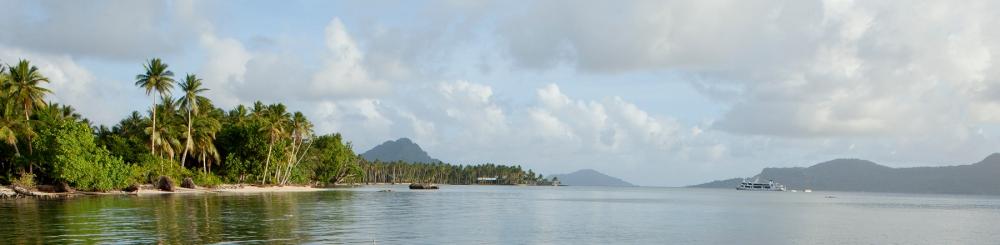 On the ground in Truk Lagoon (1/2)
